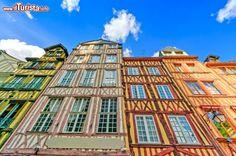 Rouen /  StevanZZ / Shutterstock.com Tutte le foto: http://www.ilturista.info/ugc/foto_viaggi_vacanze/rouen/alta_normandia/