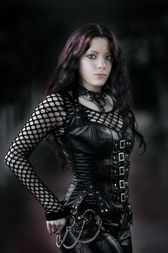 Black Maiden -- Pitite Oudy ✒ post-punk , cyber goth , industrial,Steam, costume play & Dance http://pititeoudy.bookspace.fr/ https://www.facebook.com/OudysCybergothModele/
