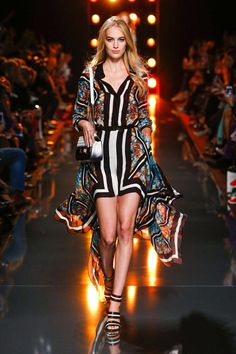Elie Saab Spring 2015 Ready-to-Wear Collection  - ELLE.com