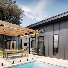 Is there any better modern combination than cladding and timber to soften the look? and blend these two… Exterior Wall Cladding, House Cladding, External Cladding, Australian Homes, James Hardie, Design Awards, Building Design, Interior Styling, Architecture Design