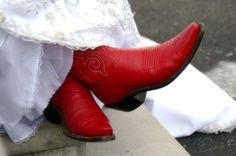 Noiva de botinha vermelha = muito amor