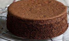 Pandișpan genovez cu ciocolată – pufos și ciocolătos! - Retete-Usoare.eu