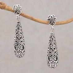 Sterling Silver Dangle Earrings, Clay Earrings, Jewelry Gifts, Jewelry Ideas, Diy Jewelry, Jewlery, New Jewellery Design, Oxidised Jewellery, Metal Jewelry