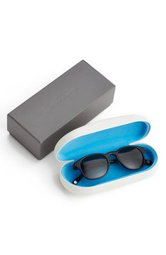 Warby Parker #packaging #colors #design WANT at #rockcandymedia #rockcandylife