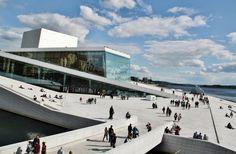 http://guias-viajar.com/  Moderno edificio de la Opera de Oslo