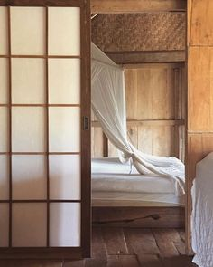 Wooden House, Ubud, House In The Woods, White Fabrics, Heaven, Treehouse, Bedroom, Interior, Furniture