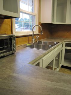 Scott Allie Show Off Their Kitchen Redesign And Renovation Featuring Formica 180fx Laminate