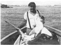 Porto Torres 1940 | People of Sardinia: Maurilio Usai the famous fisherman of sharks