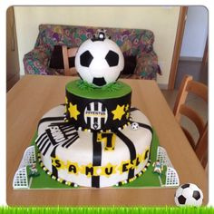 Facebook Ony Cake Decor : 1000+ images about calcio on Pinterest Cooking supplies ...