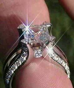 Diamond Ring Set, Pear Diamond Engagement ring with V Diamond Ring, Prong… Diamond Jewelry, Jewelry Rings, Jewelry Accessories, Fine Jewelry, Fashion Accessories, Jewellery Box, Jewellery Shops, Jewelry Stores, Silver Jewelry