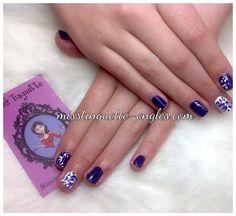 #nail #nails #nailart #opi #purple #mauve #fleur #fleurs #flowers @chez_miss_tinguette