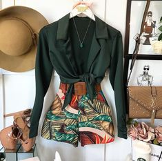 Cute Summer Outfits, Cute Casual Outfits, Short Outfits, Chic Outfits, Vetement Fashion, Autumn Fashion 2018, Ideias Fashion, Fashion Dresses, Fashion Looks