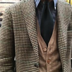 Ring Jacket in an Abraham Moon tweed for The Armoury Dapper Gentleman, Gentleman Style, Dandy, Gents Fashion, Elegance Fashion, Tweed Run, Gentlemans Club, Moda Casual, Men Street