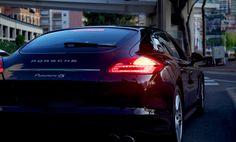 - Black Porsche -
