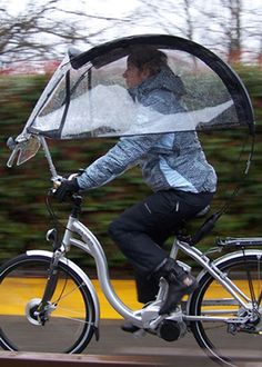 Veltop convertible bike cover with side windows/shields also down - Shoe covers - Bike Rando Velo, Pimp Your Bike, Velo Design, Bicycle Design, Velo Retro, Velo Cargo, E Biker, Bike Cover, Microcar