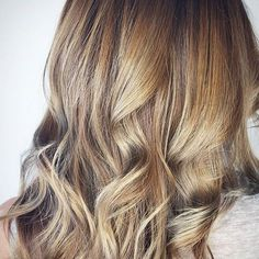 Honeys and Golds. Color by @75punky  #hair #hairenvy #hairstyles #haircolor #brunette #balayage #highlights #newandnow #inspiration #maneinterest