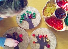 Fall Trees with Loose Parts. I would put out large felt pieces in fall colors with small sticks and fall bits with pictures of trees. Fall Crafts, Crafts For Kids, Reggio Classroom, Reggio Emilia Preschool, Emergent Curriculum, Tree Study, Creative Curriculum, Kindergarten Activities, Preschool Math