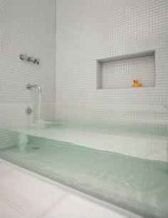 Vetro design interni vasca da bagno #glassislife