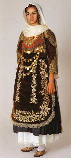 Traditional Wedding costumes: Greece.