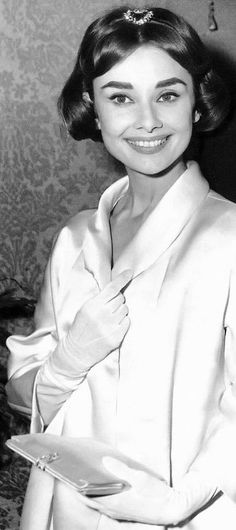 Audrey Hepburn, real classy lady.
