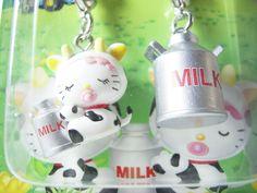 HELLO KITTY GOTOCHI Mascot Figure Charm Cow MILK BOKUJO JAPAN Only! Sanrio 2003 NEW 1.7cm 26.99 (2)