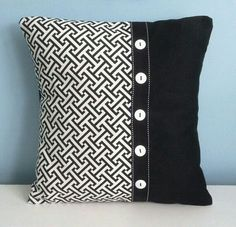 7 Dumbfounding Cool Ideas: Sewing Decorative Pillows Christmas Gifts decorative pillows on bed tips.Decorative Pillows With Words Beach Houses white decorative pillows fabrics.Decorative Pillows With Words Beach Houses. White Decorative Pillows, White Throw Pillows, Modern Throw Pillows, Gold Pillows, Diy Pillows, How To Make Pillows, Gold Bedding, Couch Pillows, Cushion Cover Designs