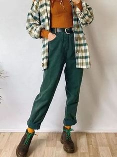 Mode Outfits, Retro Outfits, Cute Casual Outfits, Fall Outfits, Fashion Outfits, 80s Inspired Outfits, Cute Vintage Outfits, 90s Style Outfits, October Outfits