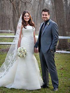 Hillary Scott from Lady Antebellum had a custom Vera Wang wedding dress made.