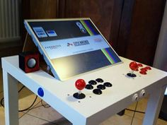 Pi Arcade, Arcade Bartop, Arcade Table, Retro Arcade Games, Arcade Stick, Nerd Room, Gamer Room, Cool Diy Projects, Projects To Try