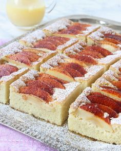Saftig äppelkaka Apple Recipes, Fall Recipes, Real Food Recipes, Cooking Recipes, Dessert Drinks, Dessert Recipes, Pause Café, Swedish Recipes, Tea Cakes