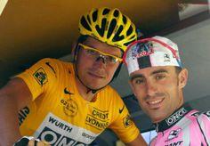Los hermanos Galdeano, en su época de ciclistas