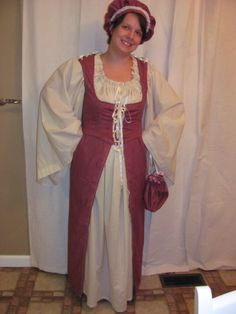 Renaissance outfit I made- chemise, vest/bodice, overdress, drawstring purse, muffin hat.  middle class/commoner.  https://www.facebook.com/flutterbearcreations.7