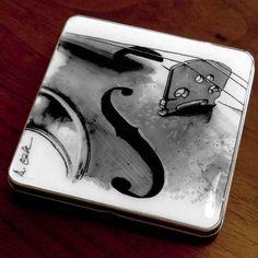 Violin Case - Business Card Holder / Slim Metal Wallet