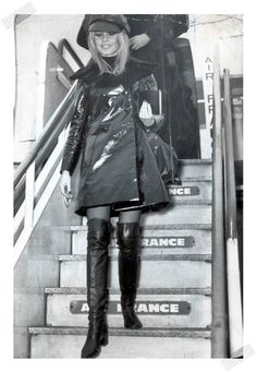 #TBT: Briggite Bardot rocking a pair of OTK boots back in the 60s - www.reportista.com