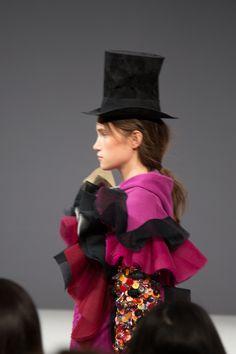 Viktor & Rolf 'Vagabonds' haute couture show in Parijs