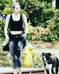 Miley & Mary Jane #mileycyrus #smilers #queen #miley #beautiful #gorgeous #style #fashion #outfit #celebrity #celebs #actress #singer #l4l #lfl #likeforlike #like4likes #like4like #candids #paparazzi