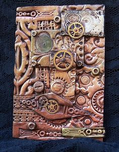 Another Steampunk Polymer Clay Box.I smell lesson for art students on texture. Polymer Clay Kunst, Fimo Clay, Polymer Clay Projects, Polymer Clay Creations, Polymer Clay Jewelry, Polymer Clay Steampunk, Arte Steampunk, Steampunk Crafts, Steampunk Book