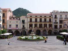 Cava de Tirreni - La Piazza del duomo