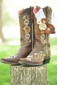 #Bridal Cowgirl Boots I Golightly Images I #Shoes
