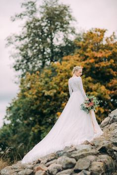 Wedding Photography Ideas : Ethereal Bridal Inspiration at Castle Ruins in Finland | Image by Petra Veikkola