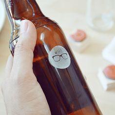 Stamping beer bottles