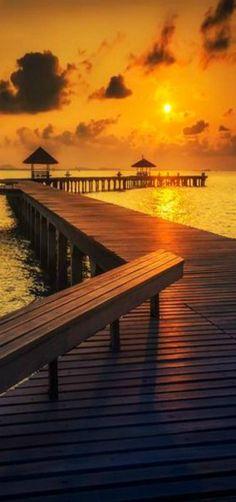'Golden Light' | Seascape, Sunset, Thailand | by Tetra