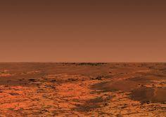 Le robot Opportunity a analysé le rocher Marquette Island (voir images précédentes) pendant près de deux mois, de mi-novembre 2009 à mi-janvier 2010. Après cet arrêt, Opportunity a repris la route, direction un cratère nommé  Concepcion  qui apparaissait sur les photos satellites prises par la sonde Mars Reconnaissance Orbiter. Après plusieurs sols de route, les bords de ce petit cratère apparaissent enfin à l'horizon. On observe par ailleurs sur la ligne d'horizon des reliefs lointains…