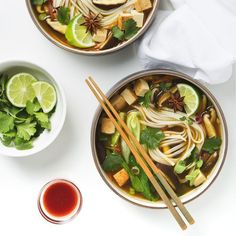 10 Green Recipes including Vegan Tempeh Thai Lettuce Wraps, 5-Minute Pesto Guacamole, Easy Vegetable Pho, and Matcha Cake with Lemon Buttercream Frosting.