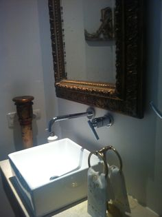 bathroom mirrors gold kisses