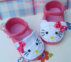 Crochet Baby Sandals, Crochet Shoes, Crochet Baby Booties, Crochet Slippers, Baby Slippers, Crochet Doll Clothes, Baby Shoes Pattern, Baby Girl Shoes, Baby Kind