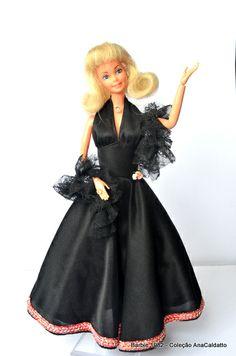 A primeira Boneca Barbie Estrela: 1982