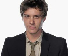 xavier samuel from Bait, but better known from Twilight nas Riley Samuel Xavier, Shakespeare Plays, Romantic Movies, Southampton, Current Events, Pop Culture, Crushes, Interview, Entertaining