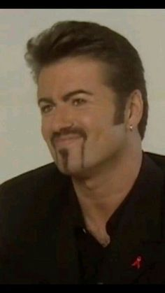Sweet George Always Giving‼️🎗️👼✝️ George Michael Poster, George Michael Wham, Beautiful Person, Gorgeous Men, Love Of A Lifetime, George Michel, Andrew Ridgeley, Michael Love, Ms Gs