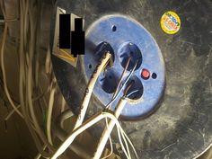 Diese Stecker:   24 Bilder, bei denen jeder Elektriker einen Schlag bekommt